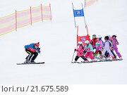 Обучение детей горным лыжам (2015 год). Редакционное фото, фотограф Лощенов Владимир / Фотобанк Лори