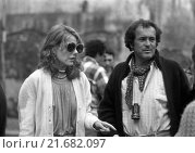 Купить «Italian director Bernardo Bertolucci and American actress Jill Clayburgh on the set of the film La luna. Rome, 1979», фото № 21682097, снято 21 октября 2018 г. (c) age Fotostock / Фотобанк Лори