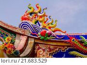 Купить «Декоративные украшения храма, Таиланд», эксклюзивное фото № 21683529, снято 25 октября 2015 г. (c) Хайрятдинов Ринат / Фотобанк Лори