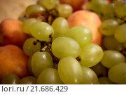 Аппетитный виноград. Стоковое фото, фотограф Махсумов Шамиль / Фотобанк Лори