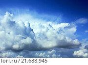 Белые кучевые облака. Стоковое фото, фотограф Андрей Силивончик / Фотобанк Лори