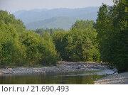 Река на фоне гор Хамар-Дабан. Стоковое фото, фотограф Виталий Балакин / Фотобанк Лори
