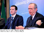 Купить «British Chancellor of the Exchequer George Osborne, Italian Minister of Economy and Finance Pier Carlo Padoan during the meeting Italy and the UK addressing...», фото № 21703425, снято 3 февраля 2016 г. (c) age Fotostock / Фотобанк Лори