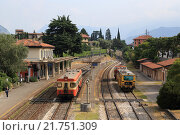 Железнодорожная станция Изео в Италии (2015 год). Редакционное фото, фотограф Эльвира Рубан / Фотобанк Лори