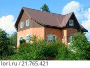 Купить «Частный жилой дом. Сортавала», эксклюзивное фото № 21765421, снято 10 августа 2014 г. (c) Александр Щепин / Фотобанк Лори