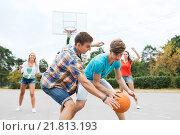Купить «group of happy teenagers playing basketball», фото № 21813193, снято 10 августа 2014 г. (c) Syda Productions / Фотобанк Лори