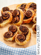 Купить «Palmier biscuits - french cookies made of puff pastry and chocolate», фото № 21834397, снято 22 октября 2018 г. (c) BE&W Photo / Фотобанк Лори