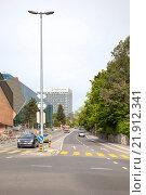 Купить «Такси на улице в городе Женева», фото № 21912341, снято 6 мая 2014 г. (c) Parmenov Pavel / Фотобанк Лори