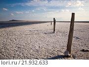 Соленое озеро Баскунчак и поле поваренной соли (2013 год). Редакционное фото, фотограф Алексей Большаков / Фотобанк Лори