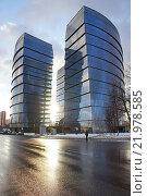 Купить «Многофункциональный комплекс «Лотос»», фото № 21978585, снято 25 февраля 2016 г. (c) Павел Москаленко / Фотобанк Лори