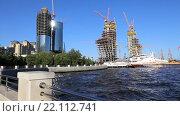 Строительство 200-метрового небоскреба бизнес-центра на приморской набережной в центре Баку. Республика Азербайджан (2015 год). Редакционное видео, видеограф Евгений Ткачёв / Фотобанк Лори