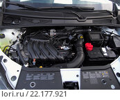 Купить «Двигатель автомобиля Lada Xray», эксклюзивное фото № 22177921, снято 13 марта 2016 г. (c) Вячеслав Палес / Фотобанк Лори