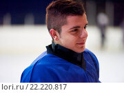 Купить «ice hockey player portrait», фото № 22220817, снято 26 мая 2020 г. (c) easy Fotostock / Фотобанк Лори