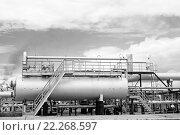 Газонефтеперерабатывающий завод. Стоковое фото, фотограф Георгий Shpade / Фотобанк Лори