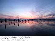 Купить «Рассвет на озере Тамбукан», фото № 22288737, снято 21 февраля 2016 г. (c) Екатерина Рыжова / Фотобанк Лори