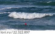 Купить «Sea Waves with Foam and Red buoy. Background.», видеоролик № 22322897, снято 29 февраля 2016 г. (c) Юрий Брыкайло / Фотобанк Лори