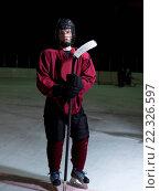 Купить «hockey player portrait», фото № 22326597, снято 22 мая 2019 г. (c) easy Fotostock / Фотобанк Лори