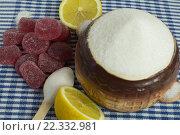 Белый сахар и мармелад. Стоковое фото, фотограф Ivan Dubenko / Фотобанк Лори