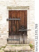 Купить «Старинная деревянная дверь», фото № 22515769, снято 8 октября 2011 г. (c) Георгий Марков / Фотобанк Лори