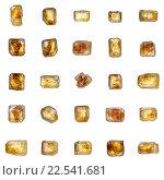 Замечательный набор из 25 золотисто-коричневых больших кристаллов тростникового сахара, изолированных на белом фоне. Стоковое фото, фотограф Алексей Безрук / Фотобанк Лори