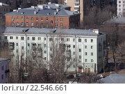 Купить «Московская область, Балашиха, жилые пятиэтажки на проспекте Ленина весной», эксклюзивное фото № 22546661, снято 4 апреля 2016 г. (c) Дмитрий Неумоин / Фотобанк Лори