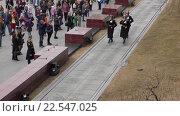 Купить «Александровский сад, смена почетного караула», эксклюзивный видеоролик № 22547025, снято 10 апреля 2016 г. (c) Alexei Tavix / Фотобанк Лори