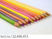 Купить «Цветные карандаши на белом ватмане», фото № 22606413, снято 17 апреля 2016 г. (c) Елена Коромыслова / Фотобанк Лори