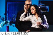 Купить «Чувственная брюнетка и красавец бизнесмен. Понятие служебный роман», фото № 22681357, снято 5 марта 2015 г. (c) Alexander Tihonovs / Фотобанк Лори