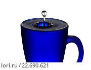 Падение капли в кружку с водой. Стоковое фото, фотограф Дмитрий Рухмалев / Фотобанк Лори