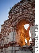 Купить «Разрушенный храм с солнечными лучами. Церковь St. John Aliturghetos, Несебр, Болгария», фото № 22711289, снято 21 июля 2014 г. (c) EugeneSergeev / Фотобанк Лори