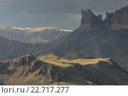 Купить «Вечер в горах Кавказа весной», фото № 22717277, снято 25 апреля 2016 г. (c) александр жарников / Фотобанк Лори