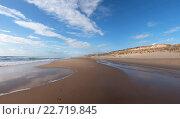 Песчаный пляж на Атлантическом побережье Франции у Lacanau-Ocean (2012 год). Стоковое фото, фотограф Виктор Андреев / Фотобанк Лори