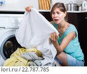 Купить «woman with dirty linen near washing machine», фото № 22787785, снято 20 марта 2019 г. (c) Яков Филимонов / Фотобанк Лори