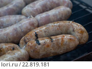 Колбаски на гриле. Стоковое фото, фотограф Татьяна Мирохина / Фотобанк Лори