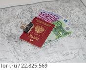 Заграничный Паспорт гражданина России на карте мира, фото № 22825569, снято 22 августа 2015 г. (c) Геннадий Соловьев / Фотобанк Лори