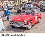 Ретро-ралли «Ингосстрах Exclusive Classic Day» в Москве. MG Midget. (2016 год). Редакционное фото, фотограф Depth / Фотобанк Лори