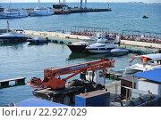 Купить «Морской порт в городе-курорте Анапа», фото № 22927029, снято 30 апреля 2016 г. (c) Елена Александрова / Фотобанк Лори