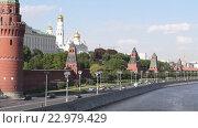 Вечерний вид на кремль. Москва. Стоковое видео, видеограф Владимир Макеев / Фотобанк Лори