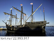 Купить «Replicas of Christopher Columbus´ ships, Nina and Pinta docked in Ft. Myers, Florida, USA.», фото № 22993917, снято 24 апреля 2016 г. (c) age Fotostock / Фотобанк Лори