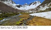 Купить «Ручей в горной долине на Кавказе весной», фото № 23004969, снято 21 мая 2016 г. (c) александр жарников / Фотобанк Лори