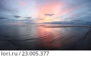 Море, восход. Стоковое видео, видеограф Пётр Мусатов / Фотобанк Лори