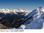 Купить «Ski resort Rosa Khutor. Mountains of Krasnaya Polyana. Sochi, Russia», фото № 23008889, снято 10 февраля 2016 г. (c) Сергей Лаврентьев / Фотобанк Лори