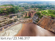 Купить «Медный рудник с высоты птичьего полета. Добыча медной руды открытым способом. Проблема загрязнения окружающей среды», фото № 23146317, снято 6 июня 2016 г. (c) Евгений Ткачёв / Фотобанк Лори