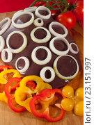 Говяжья печень с овощами. Стоковое фото, фотограф Christina Shart / Фотобанк Лори