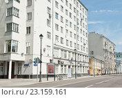 Дома на улице Покровка. Москва (2016 год). Редакционное фото, фотограф E. O. / Фотобанк Лори