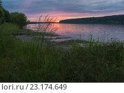 Летнее утро на Волге. Стоковое фото, фотограф Виктор Евстратов / Фотобанк Лори