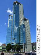 Купить «Административно-деловой центр «Соколиная гора», здание высотой 135 метров. Семёновский переулок, 21. Москва», эксклюзивное фото № 23195217, снято 22 июня 2016 г. (c) lana1501 / Фотобанк Лори