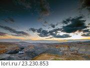 Купить «Панорама открытого угольного карьера», фото № 23230853, снято 28 июня 2016 г. (c) Mark Agnor / Фотобанк Лори