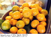 Купить «basket of fresh ripe juicy oranges at kitchen», фото № 23261517, снято 15 февраля 2015 г. (c) Syda Productions / Фотобанк Лори