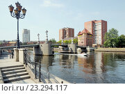 Купить «Юбилейный мост через реку Преголя.  Город Калининград (Кёнигсберг, нем. Königsberg). Виды города», эксклюзивное фото № 23294117, снято 5 июля 2015 г. (c) stargal / Фотобанк Лори
